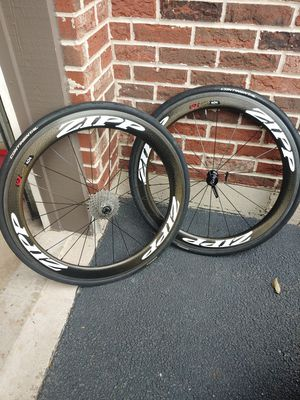Zipp 404 firecrest carbon wheelset for Sale in Elk Grove Village, IL