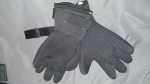 Winter Water resistant Gloves for Sale in US