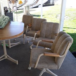 Table /4 Paddled Chairs for Sale in Fairmont, WV