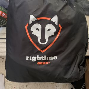 Right line Roof Bag for Sale in Fairview, OR