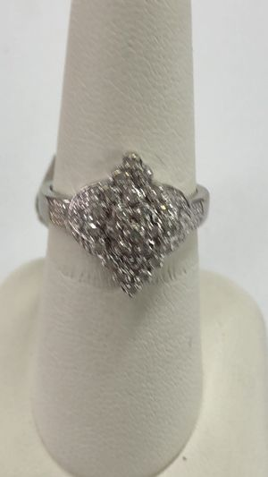 10KT WG Ladies Cluster Ring for Sale in Dallas, TX