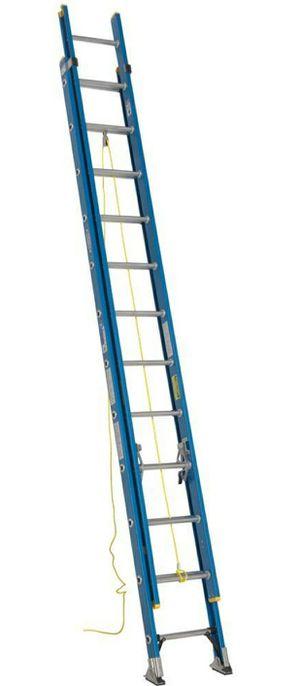 Like new Fiber glass ladder 24ft for Sale in Duncan, SC