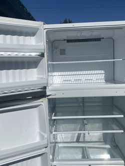 Working Fridge for Sale in Des Moines,  WA