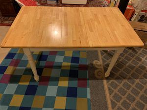 Antique Style Wooden Table for Sale in Triangle, VA