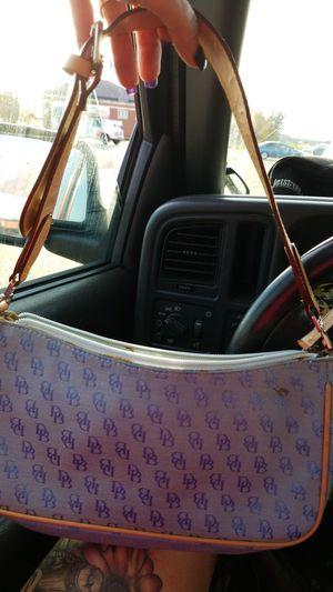 Doonie n burke purse for Sale in Prattville, AL