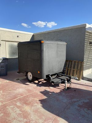 7 x 5 Enclosed Trailer for Sale in El Paso, TX