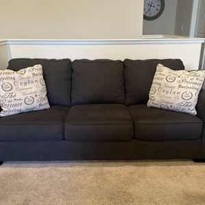 Sofa And Love Seat for Sale in Clovis, CA