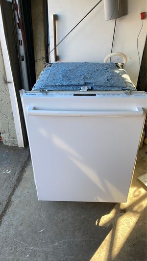 Dishwasher for Sale in Fairless Hills, PA