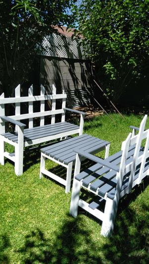 NICE AND STURDY 3PCS PATIO SET for Sale in Fresno, CA