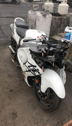 2008 Suzuki Hayabusa parting out for Sale in Kent, WA