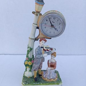 Vintage Crosa Mantle Clock/Statue for Sale in Brownsville, TX