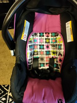 Baby Trend Car Seat for Sale in Porter,  TX