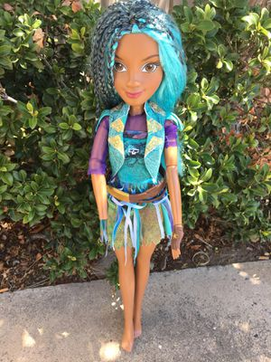 "Bratz Doll 28"" Tall , missing hand for Sale in Albuquerque, NM"