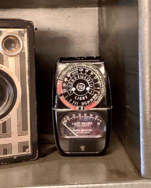 Vintage General Electric Light EXPOSURE METER 8DW 58Y4 Original Leather Case for Sale in Lemoore, CA