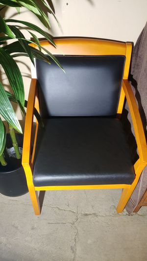 Tiffany guest chair (see label in photos). Quality, Solid. $40 obo for Sale in Arlington, VA