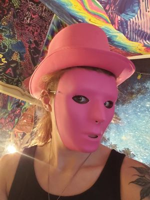 Pink Mask and Hat for Sale in Troutdale, OR