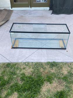40 Gallon Fish Tank for Sale in Rancho Palos Verdes,  CA