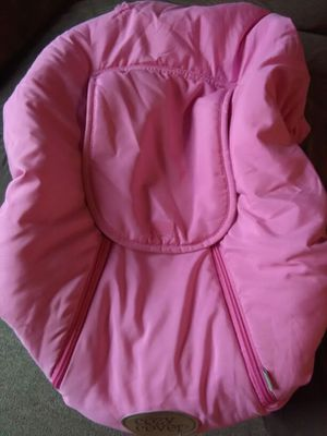 Cozy cover covers infant car seat for winter for Sale in Columbus, OH