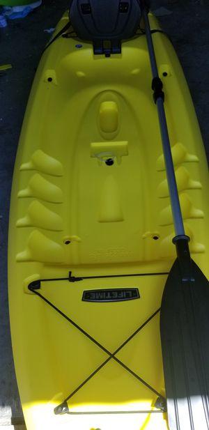 New lifetime 8 ft kayak for Sale in Phoenix, AZ