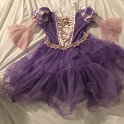 Rapunzel Costume - Disney Brand - 3T / 4T for Sale in Henderson,  NV