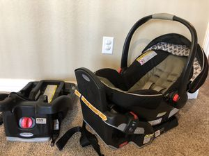 Graco Click Connect Car seat + 2 bases for Sale in CORP CHRISTI, TX