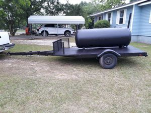 2 door smoker w/ trailer for Sale in Headland, AL