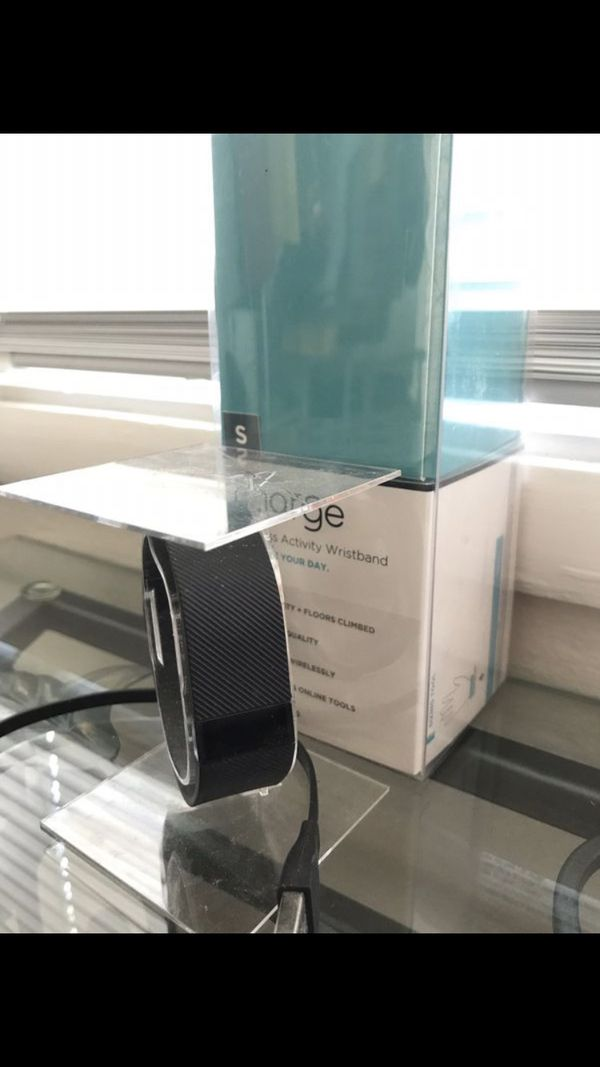 Fitbit Charge, Women's Small. Box and charger included