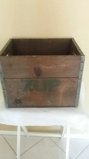 7 UP wooden crate box for Sale in Scottsdale, AZ