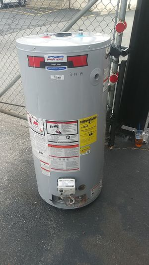 Working 40 gallon hot water heater tank still in warranty for Sale in North Providence, RI
