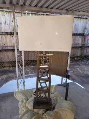 modern lamp for Sale in Memphis, TN