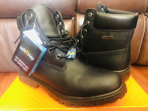 Boots the work 🥾 waterproof size 10 new para hombres for Sale in Miami, FL