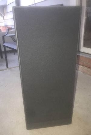 2 Polk Audio Floorstanding Speakers (rare) for Sale in North Olmsted, OH