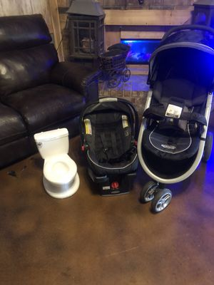 Graco Stroller car seat and potty chair for Sale in Watauga, TX