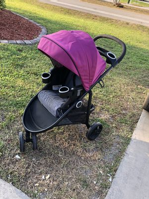 Jogger stroller for Sale in Cape Coral, FL