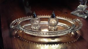 Crystal salt and pepper sets in bowl perfect for Sale in Las Vegas, NV