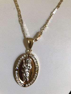 BEAUTIFUL MEDAL OF SAN JUDITAS. WITH BRASS SILVER GOLD PLATED 14K CHAIN GUARANTEED $ 25 PICK UP ONLY PLEASE for Sale in Riverside, CA