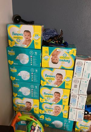 Pampers size 2-3 for Sale in Arlington, TX