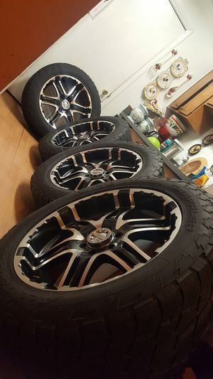 .22 6 hole rims in perfect condition for F150 Expedition Lincoln Navigator price 1100 for Sale in Charlotte, NC