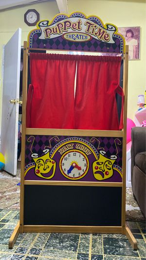 Play pretend puppet theater for Sale in Costa Mesa, CA