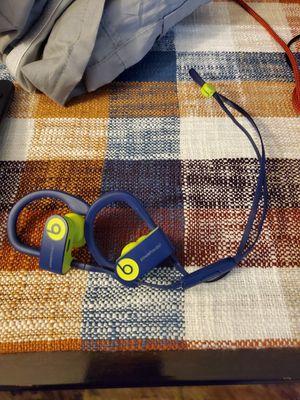 Powerbeats wireless for Sale in YSLETA SUR, TX