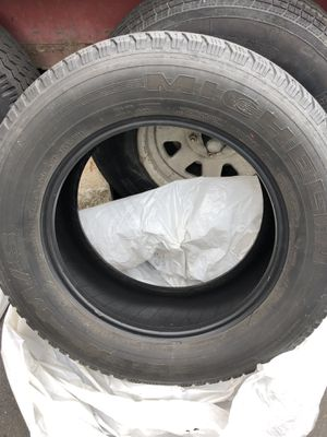 Michelin LTX 245 65r 17 Four used good tires for Sale in Tacoma, WA