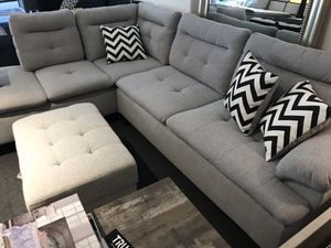 Light grey sectional for Sale in Fresno, CA