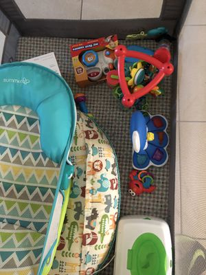 Play pin , boppy, wipe warmer, baby toys for Sale in Riviera Beach, FL