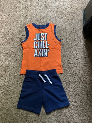Size 5t toddlers outfits for Sale in Salem, VA