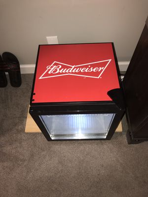 Budweiser Mini Fridge (17in. By 18in.) for Sale in Strongsville, OH
