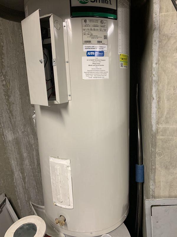 AO Smith 40 gal electric water heater