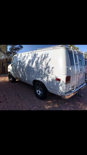 1987 Chevy van V2 5.8 L engine three quarter ton for Sale in Phoenix, AZ