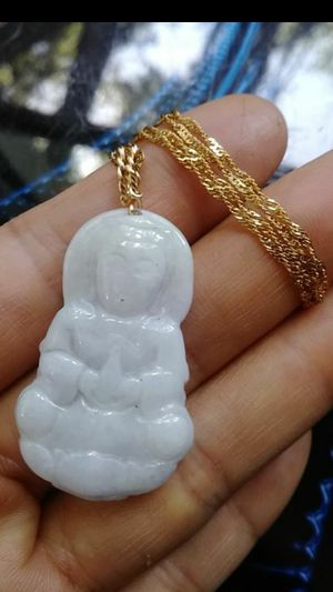 "Prayer Guanyin genuine.white green jade jadeist pendant gold plated chain water wave 18"" 1.8mm for Sale in Richmond, CA"
