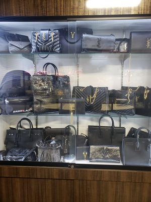 EVERYTHING MUST GO!!LOUIS VUITTON GUCCI AND CHANEL ALWAYS ON SALE!! STOP BY ANYDAY OPEN 365 365 365 for Sale in Las Vegas, NV