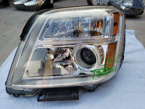 GMC Terrain 2010 2011 2012 2013 2014 2015 left headlight for Sale in Lawndale, CA
